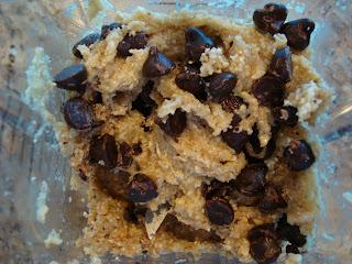 Raw Vegan Chocolate Chip Cookie Dough