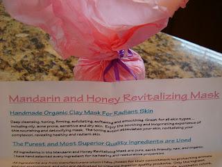 Wrapped up Mandarin and Honey Revitalizing Mask