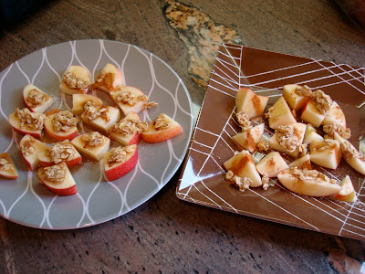 1 Minute GF Vegan Apple Crumble topped on sliced apples