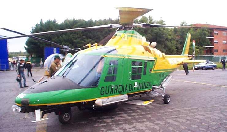 Elicottero D Occasione : Tutto il resto è noia quot avaria elicottero gdf salvi i