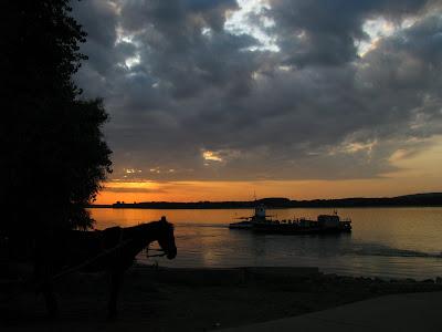 Dunarea la Ostrov