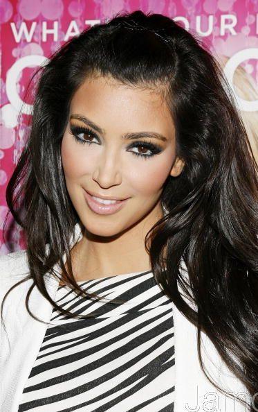 kim kardashian makeup pictures. kim kardashian makeup looks.