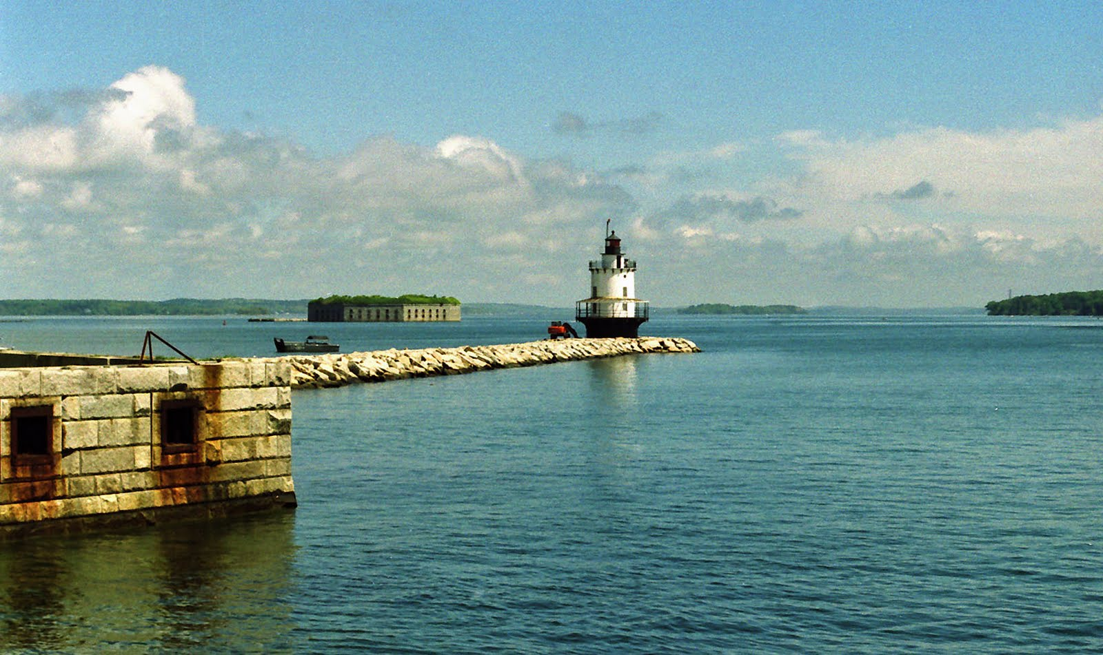 Photographs by joe the sun returns to maine just in time for Bjs portland maine