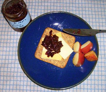 cheese and crackers with chutney