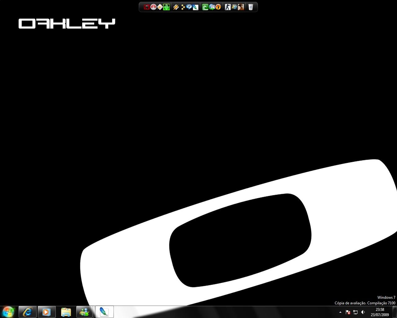 oakley sunglasses wallpaper  http://2.bp.blogspot/_lsy1t4urxl8/treh42oycmi/