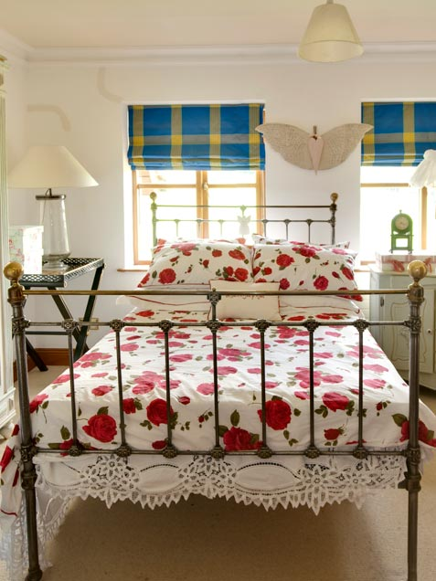 A Step By Step Recipe for a Romantic Bedroom for Valentine's Day ...