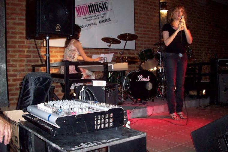 Fiesta inauguración de Midi Music