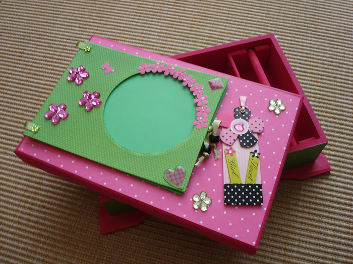 Porta Jóia com Álbum de Fotos para menina