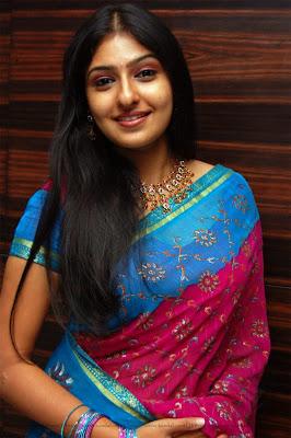 malayalam tamil sari actress
