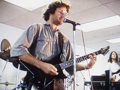 the rise of vernon wayne howell Koresh was born vernon wayne howell on august 17, 1959 in houston, texas,  to a 14-year-old single mother,  ascent to leadership of the branch davidians.