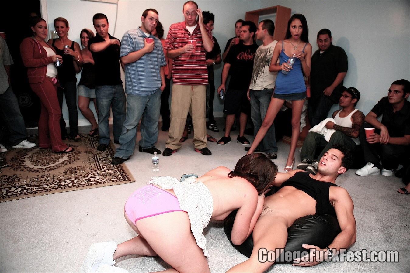 nekommercheskie-seks-klubi
