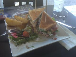 Pedazo de sandwich en el natural fusion