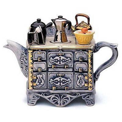 http://2.bp.blogspot.com/_LYxrTz8ufjU/SzWj2zpDGeI/AAAAAAAAFBc/famr8j2xcDI/s400/Strange+Tea+Pots+2.jpg