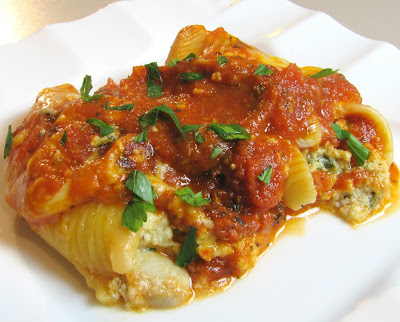 Mushroom and Spinach Stuffed Shells