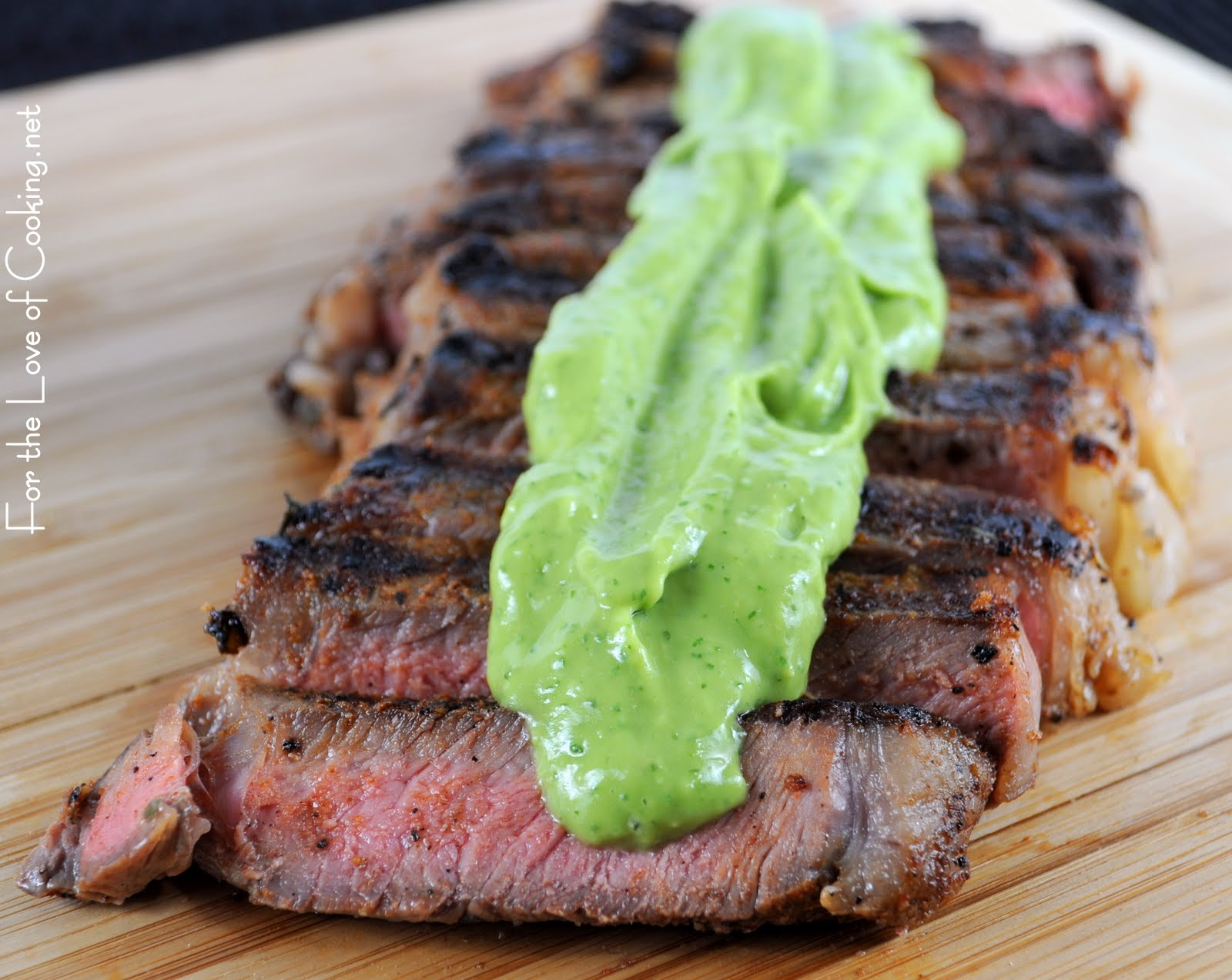 ... ซอสอโวคาโด Grilled Steak with Avocado Sauc