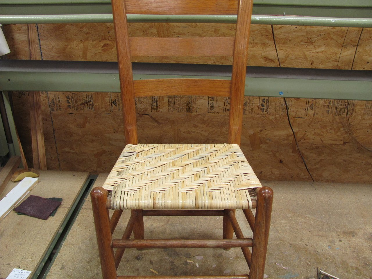 Side And Front View Of The Completed Seat.