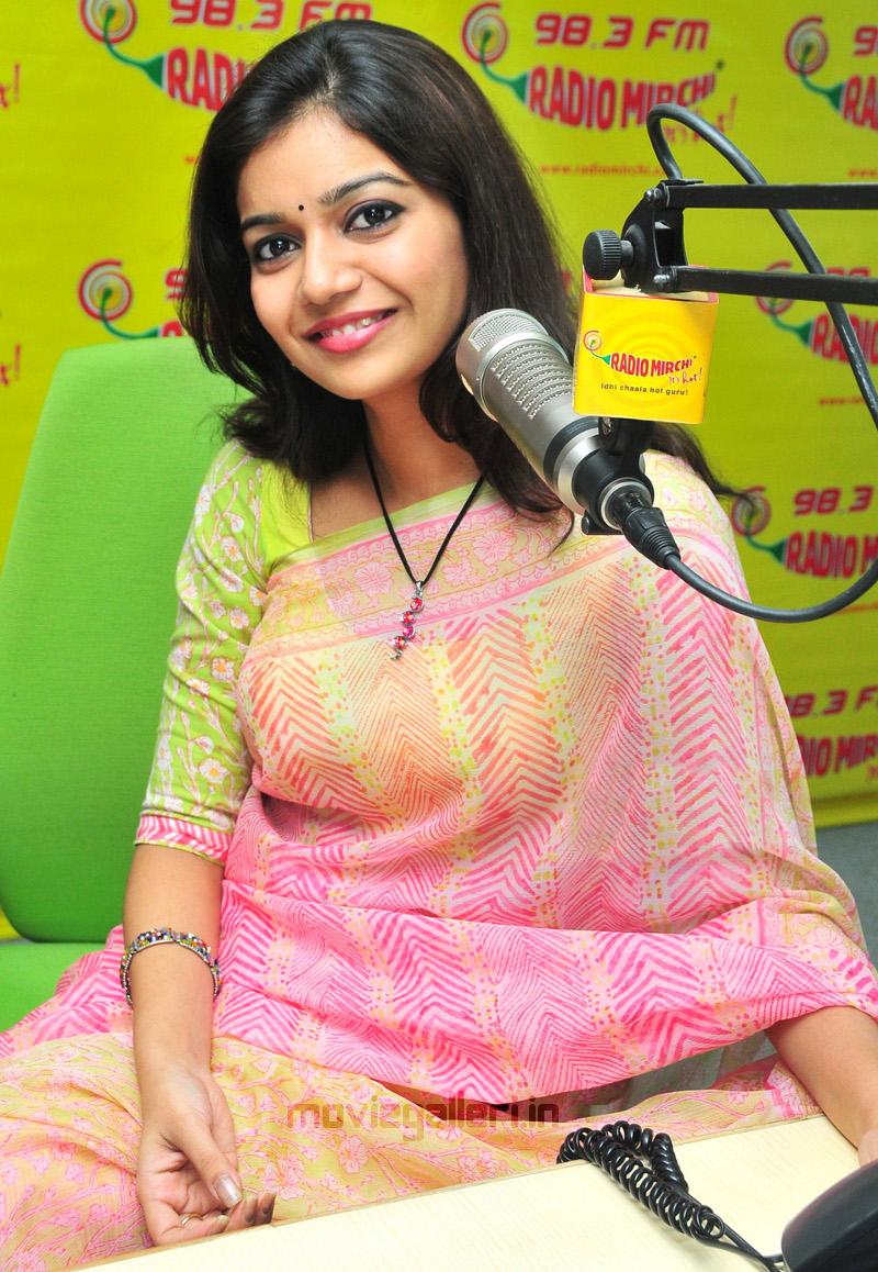 , Swathi at Radio Mirchi Cute Stills in Saree