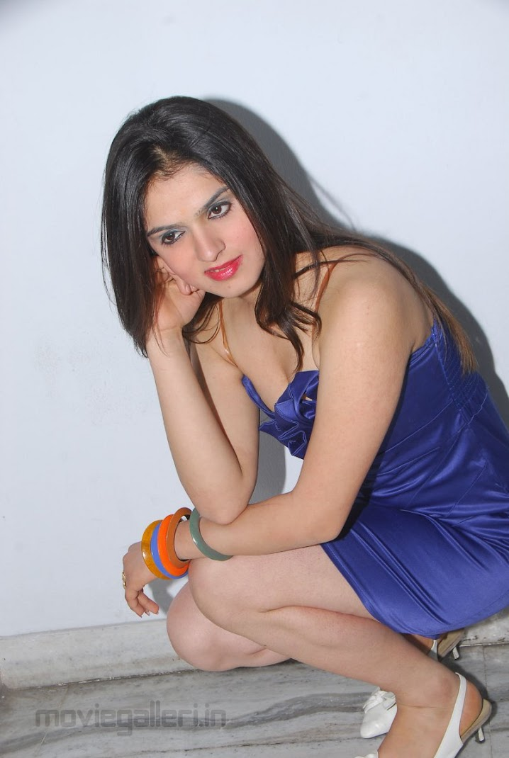Shefali Sharma Hot photoshoot Pics