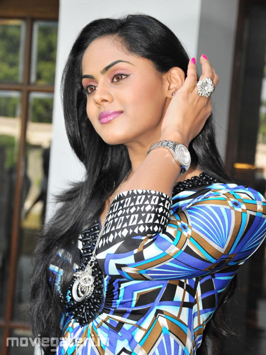 Ko Movie Actress Karthika Nair Photo Shoot Gallery Images New