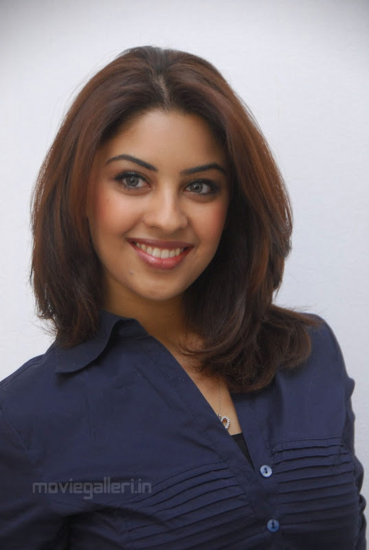 Richa Gangopadhyay Latest Photo Shoot Stills sexy stills