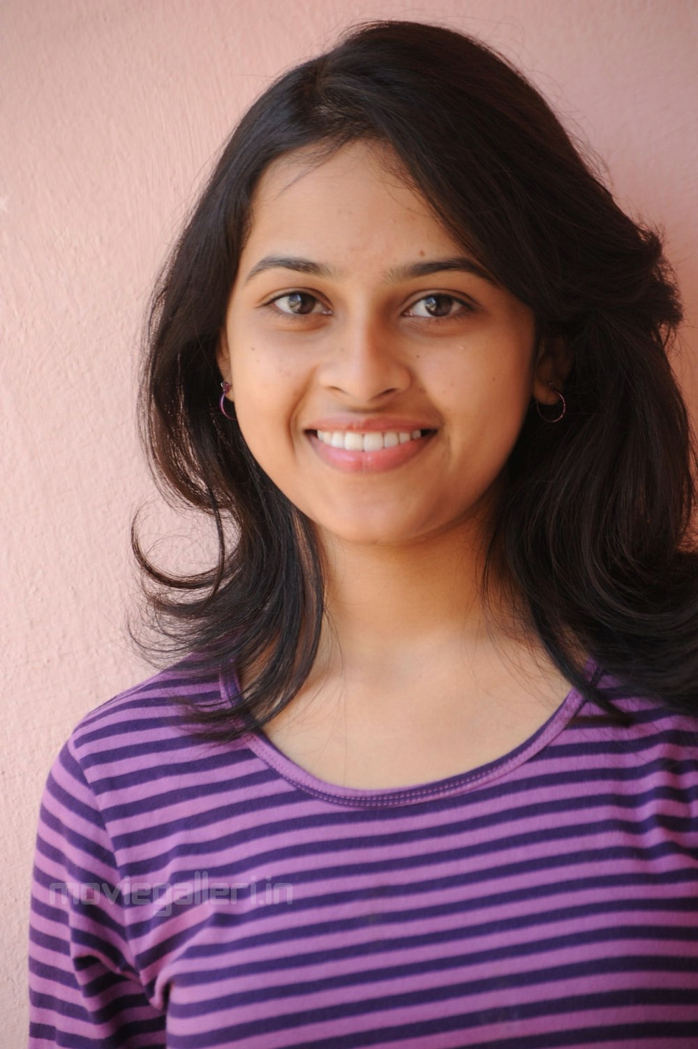 sri divya telugu heroine cute stills | sri divya latest photos | new