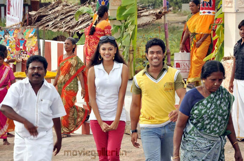 MUTHUKU MUTHAGA TAMIL MP3 SONGS, TRAILER DOWNLOAD ...