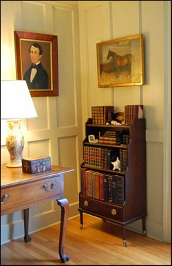 SMALL ANTIQUE BOOKCASE
