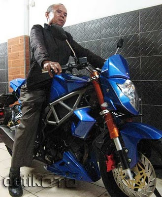 SUZUKI SATRIA FU 2010 MODIFICATION PICTURE - Gambar Modifikasi Motor
