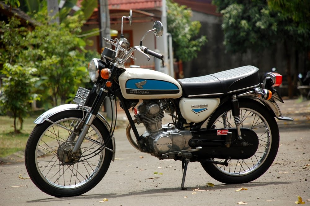 Honda CB 100   CB Gelatik The Everlasting Bike   Classic and