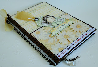 Cuaderno Alterado, Sello Magnolia