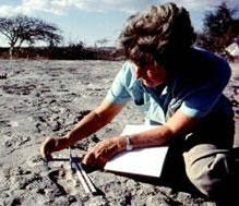 leakey dating site Discovery of early hominins dating 7-6 million most of the south african sites where early hominin fossils have been found are not easily dated.