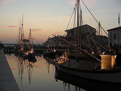 Il porto antico di Cesena. Sullo sfondo... le scie chimiche