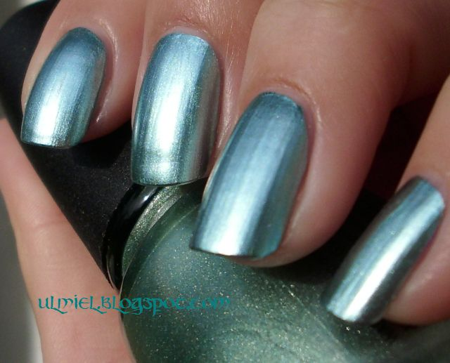 Did someone say nail polish?: China Glaze - Metallic Muse and blog ...