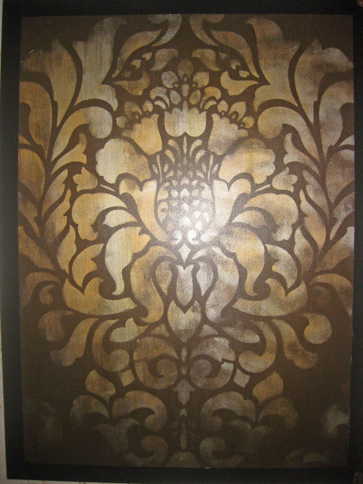 http://2.bp.blogspot.com/_LfAXthnifgA/TJkMSloI7VI/AAAAAAAAA0Q/SF4uBVw7Kxk/s1600/Silver+and+Brass+Damask.jpg