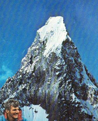 [Ivano+Ghirardini,+la+conquète+du+Mitre+Peak+en+solitaire.jpg]
