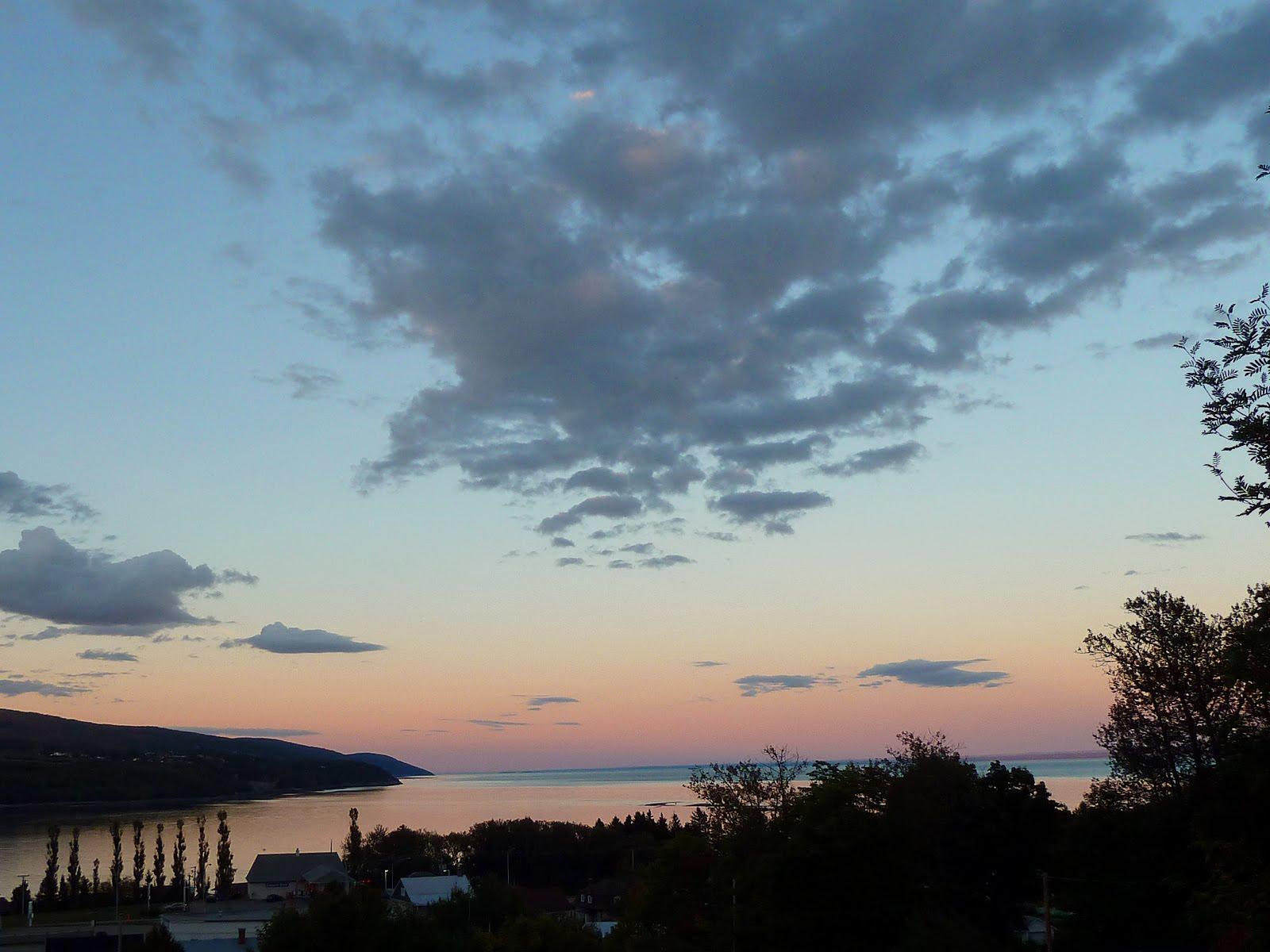 Vu par eric entre charlevoix et montr al coucher de soleil - Coucher de soleil montreal ...