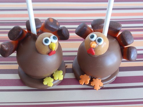 Cake Pop and Cake Ball Ideas: Thanksgiving Turkey Cake Pop