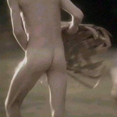 Shirtless devon sawa