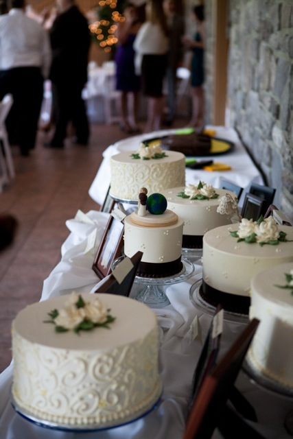 Mrs. Pencil's elegant wedding cake buffet.