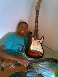 Que saudade do meu violão