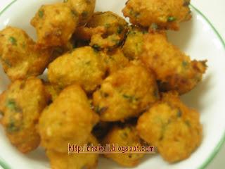moogachi bhaji, moong bhaji, bhajji recipe, pakoda recipe, moong pakoda, pakora