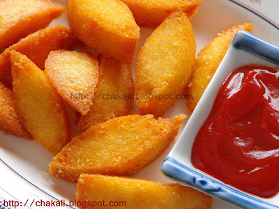 Idli Fry, fried idli, spicy crunchy snack, leftover idli fry