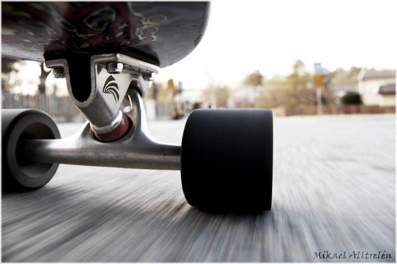 Do you like to surf, or do you enjoy cruising on a skatebord?!? Do you  title=