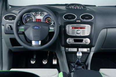 [Ford_Focus_RS_9.jpg]