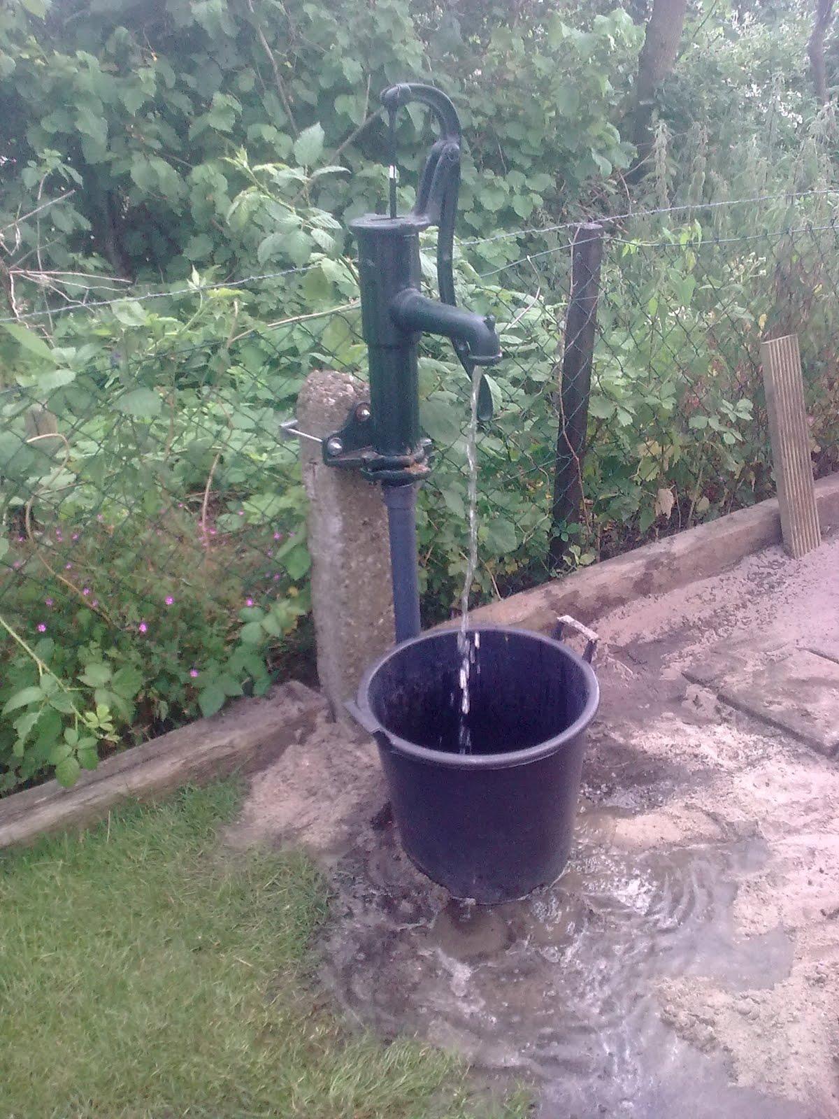 Handpomp grondwater