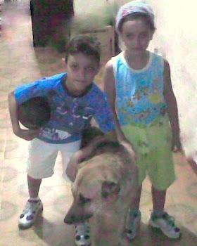 Eu ,meu amigo Neto e  a Loba..ô lembrança brincávamos muito com ela...