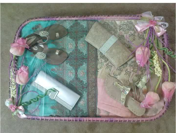 Best Wedding Gifts For Bride And Groom In India : Bride & Groom Dress Packing 2011 - iSTYLE 360