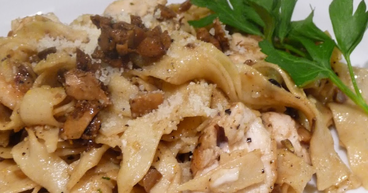 Epicurean Mom: Chicken and Porcini Mushroom Fettuccine