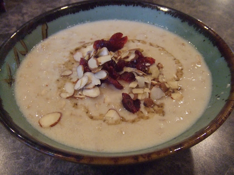 Hearty Honey Oatmeal
