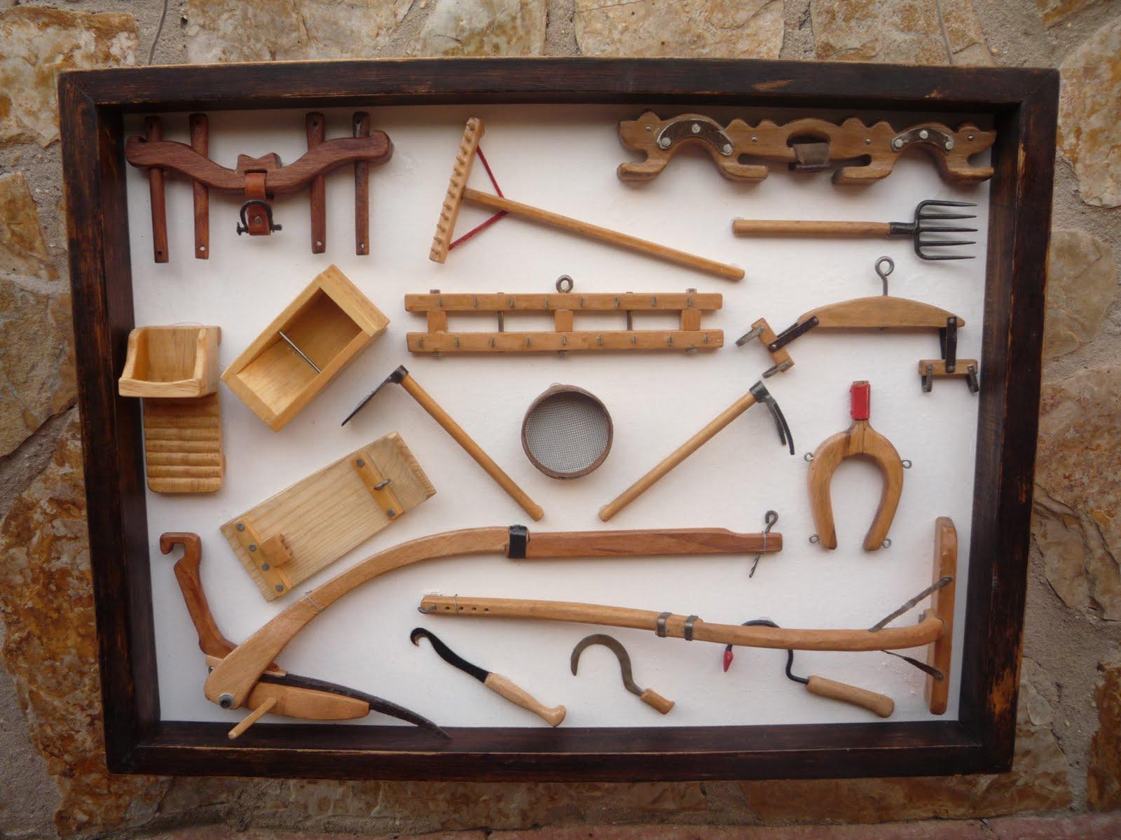 Aperos de labranza en miniatura cuadros y artesan a en - Herramientas de campo antiguas ...